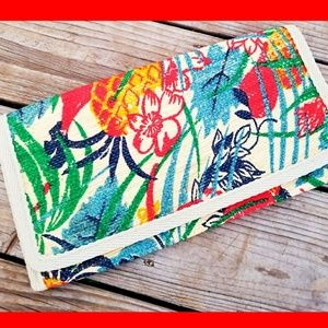 Vintage Large Woven Floral Print Clutch